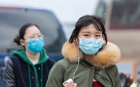 In China, the mysterious pneumonia kills a third person and takes over the country
